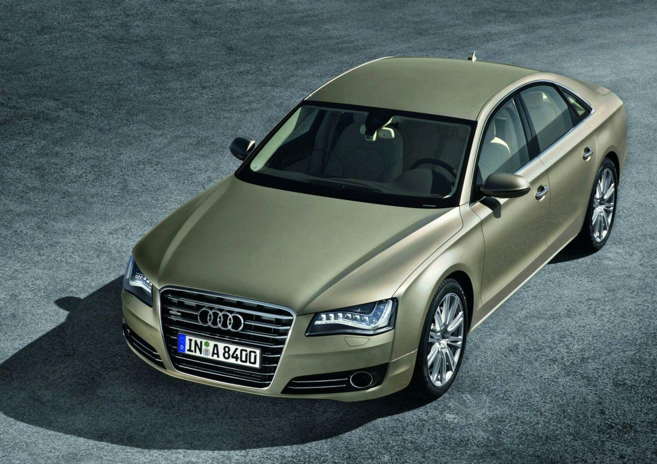 Фото Audi A8 2010 года