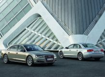 Audi A8 W12 long фото