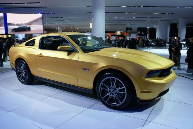 Ford Mustang GT с новым двигателем показали на NAIAS 2010
