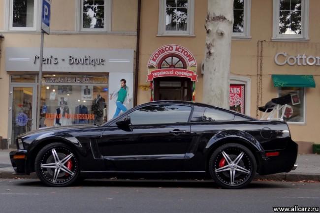 Суперкар Ford Mustang Shelby GT500