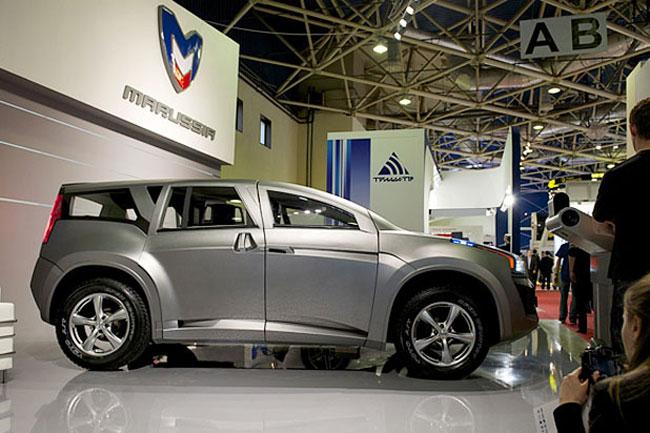На выставке Связь-Экспокомм-2010 Marussia представила 7-местный внедорожник F2