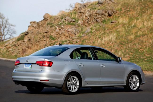 Обновленный Volkswagen Jetta 2015