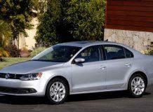 Volkswagen Jetta 2012-2013 фото