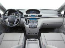 Фото салона Honda Odyssey IV