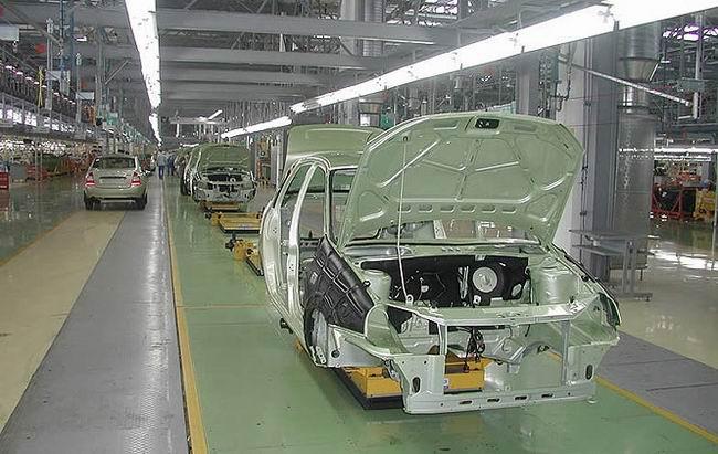 С 2012 года АвтоВАЗ начнет выпуск машин на платформе Renault
