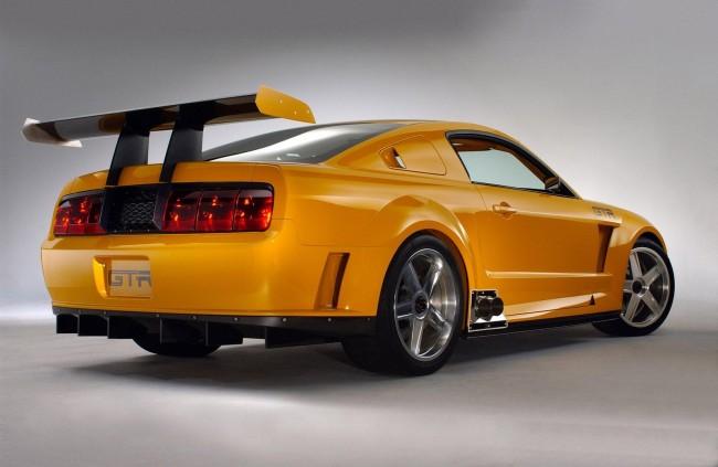 Ford Mustang GT-R Concept был создан в честь 40-летия модели Мустанг