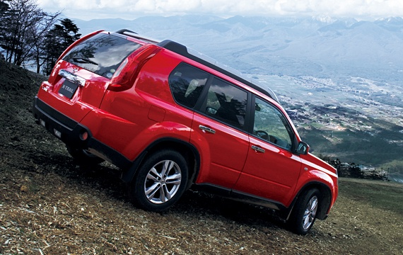 Фото Nissan X-Trail 2013