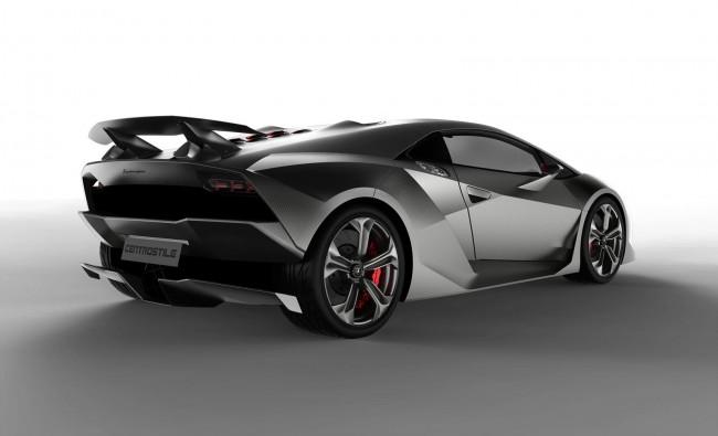 Lamborghini Sesto Elemento Concept показан журналистам