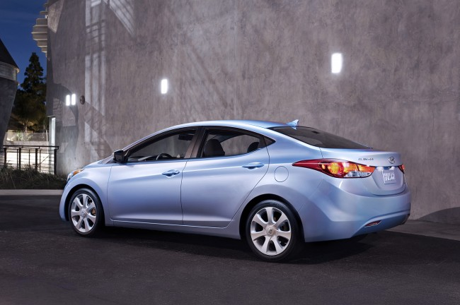 Hyundai рассекретил модель Elantra 2011 для США