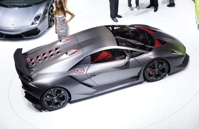 Lamborghini выпустит несколько суперкаров Sesto Elemento