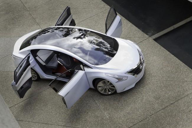 В Лос-Анджелесе Nissan показал концепт Ellure