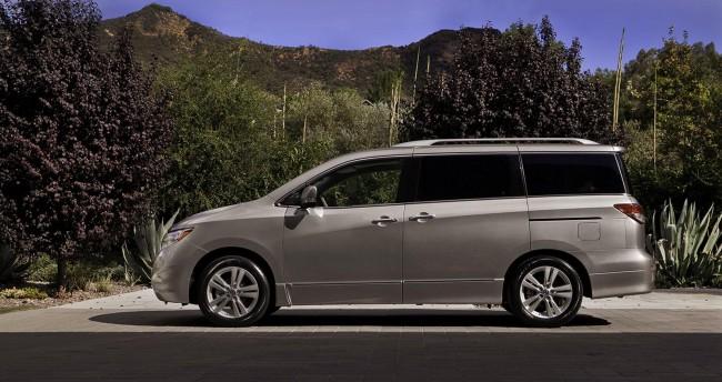Фото нового Nissan Quest 2011