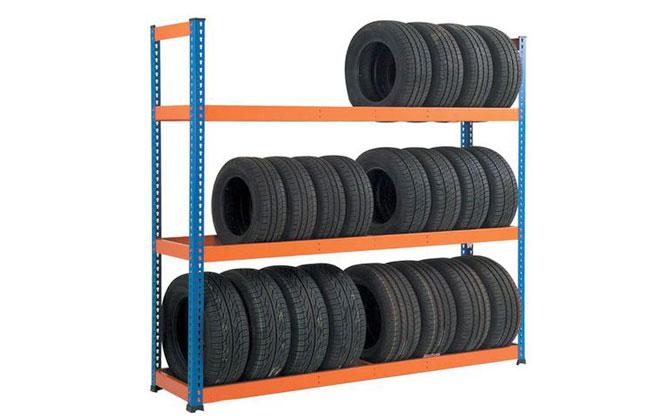 Сезонное хранение шин без дисков нужно осуществлять в ряд