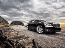 Фото Chrysler 300C 2013