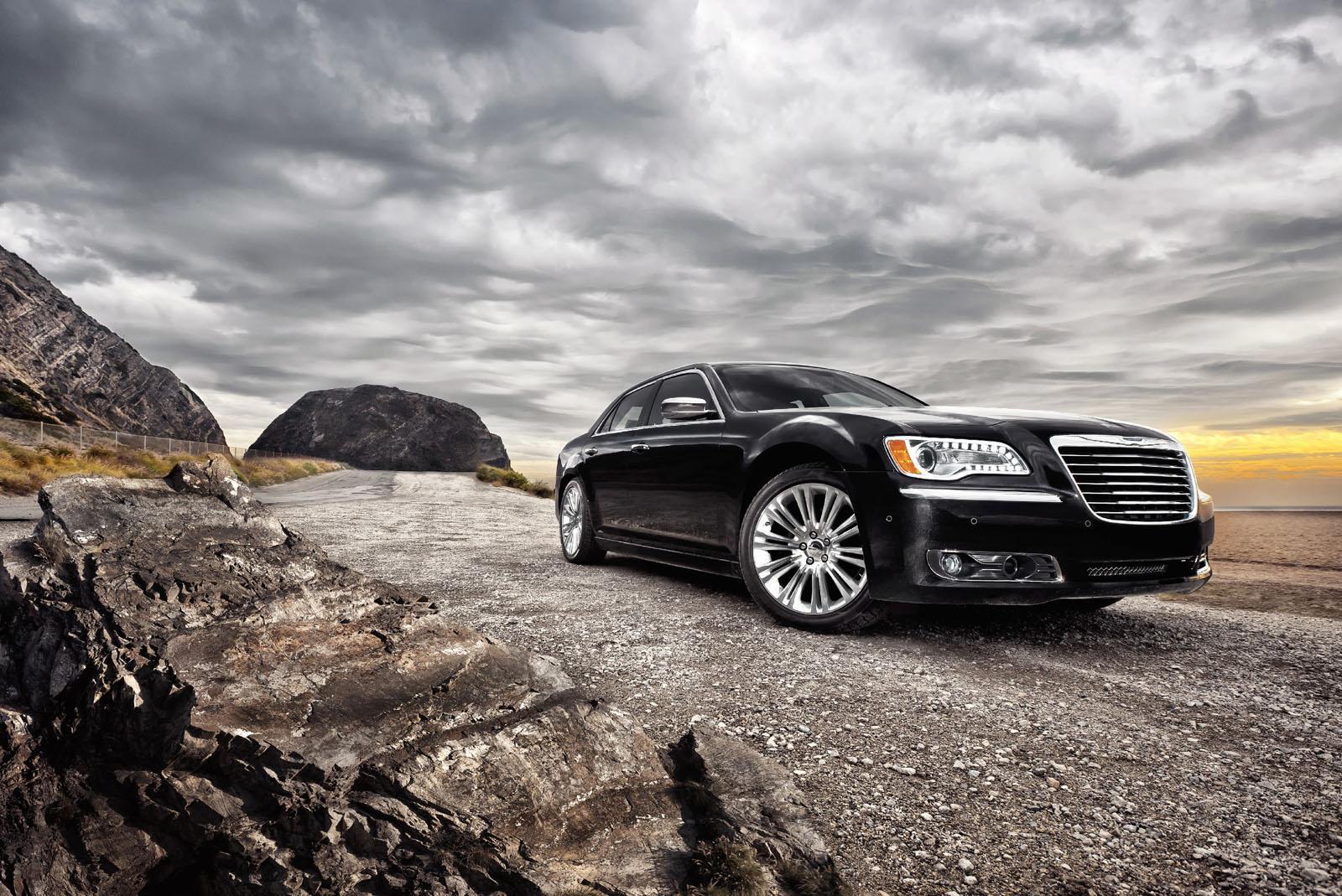 Фото Chrysler 300C 2013