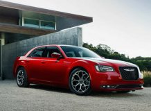 Chrysler 300C 2015 фото