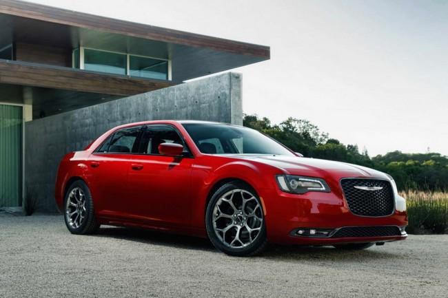 Обновленный Chrysler 300C 2015