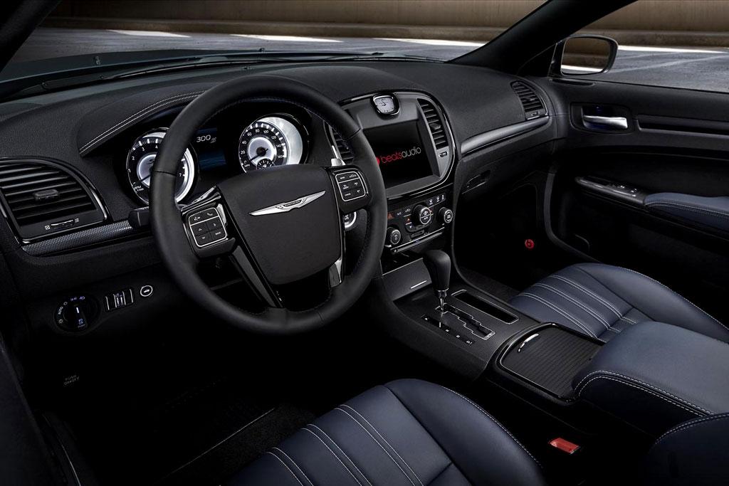 Салон Chrysler 300S 2014
