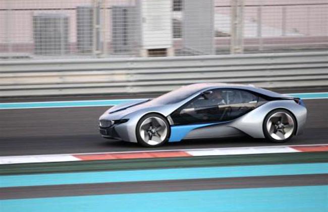 Шпионское фото BMW i8 в Абу-Даби