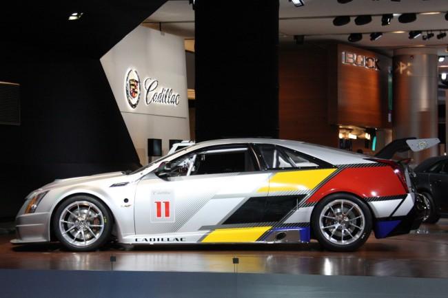В Детройте показали Cadillac CTS-V Coupe SCCA Race Car