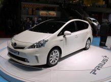 Фото Toyota Prius+ MPV
