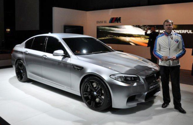 Фото предсерийной версии BMW M5 F10 утекли в сеть