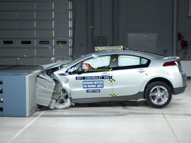 Фронтальный краш-тест Chevrolet Volt