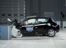 Фронтальный краш-тест Nissan Leaf