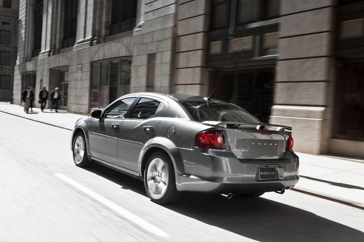 Dodge представил Avenger R/T