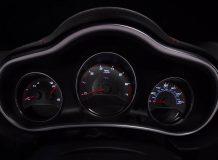 Панель приборов Dodge Avenger R/T