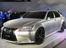 Lexus LF-Gh Concept на автосалоне в Нью-Йорке