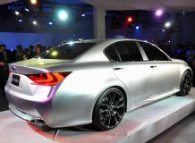 Lexus привез в Нью-Йорк концепт LF-Gh