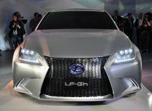 Первые живые фото Lexus LF-Gh Concept
