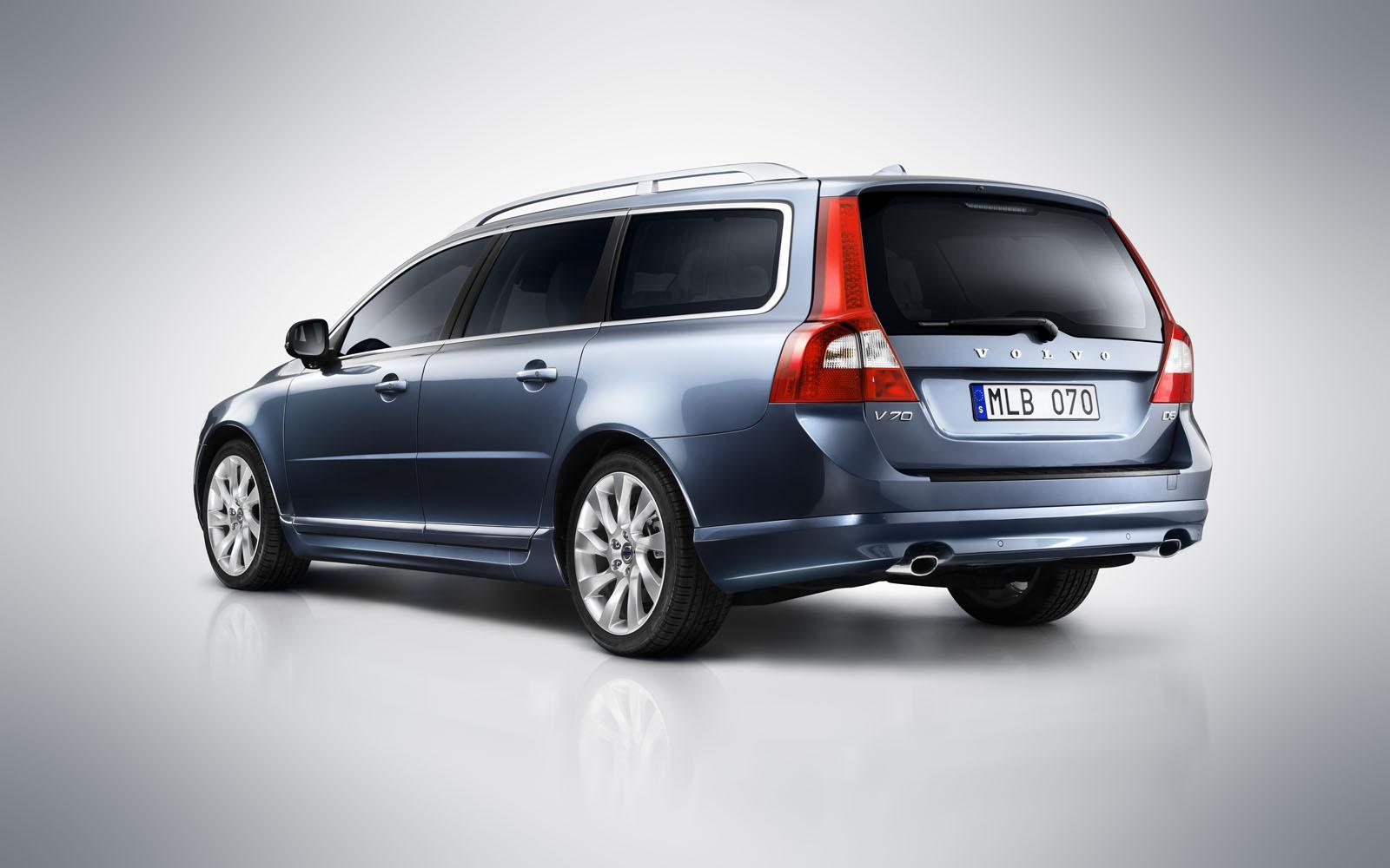 Фото нового 2012 Volvo V70