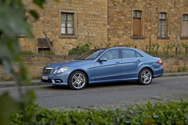 Mercedes E-class получил два новых мотора