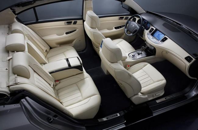 Интерьер Hyundai Genesis Prada фото