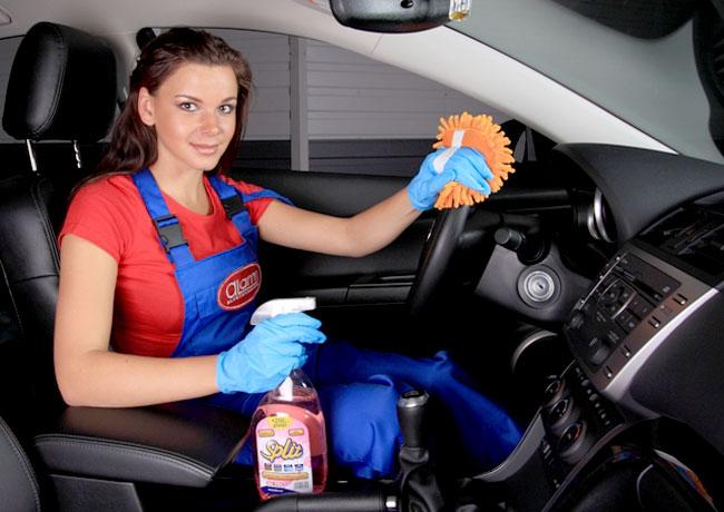 Регулярно проводите чистку салона авто