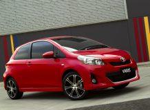 Фото 2012 Toyota Yaris 3-doors