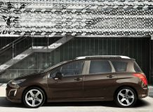 Новый Peugeot 308 SW фото