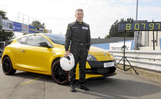 Renault Megane RS Trophy установил новый рекорд Нордшляйфе