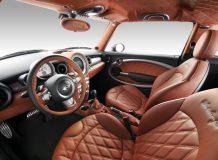 Роскошный интерьер MINI в стиле Bentley