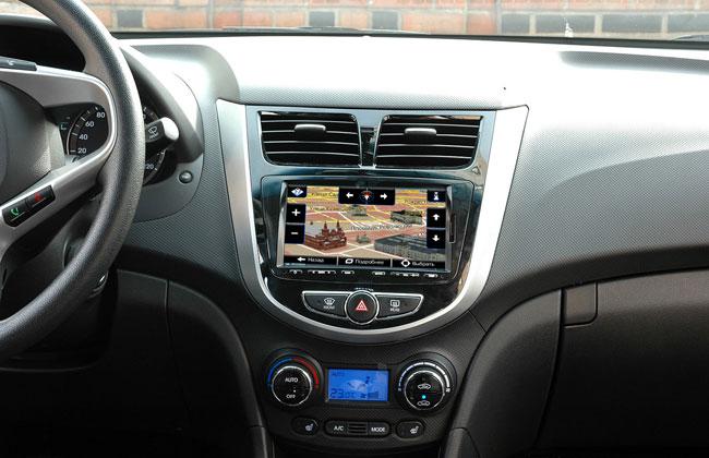 Штатная навигация в Hyundai Solaris