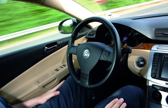 Работа системы Temporary Auto Pilot на VW Passat