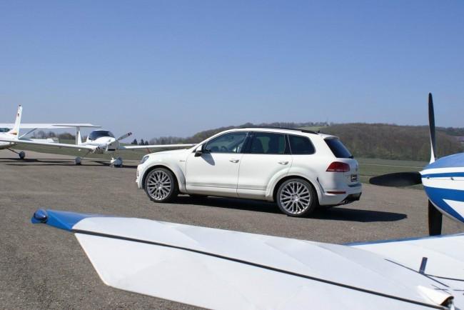 Тюнинг нового VW Touareg II от Hofele Design