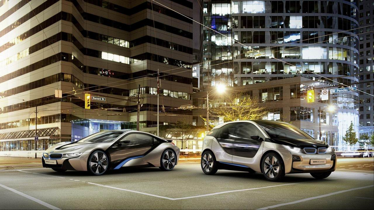 Фото BMW i 3 и купе i8 Concept
