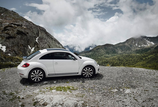 Новый VW Beetle 2012 встал на конвейер