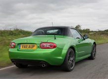 Mazda MX-5 Black Edition фото