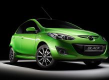 Фото Mazda2 Black Edition