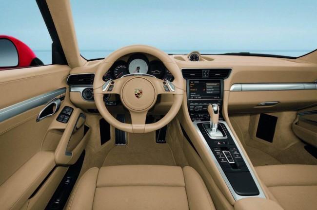 Фото салона 2012 Porsche 911