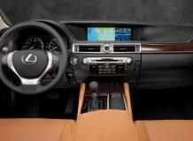 Салон нового Lexus GS